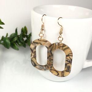 Jewelry - Oval Tortoise Shell Resin Leopard Dangle Earrings